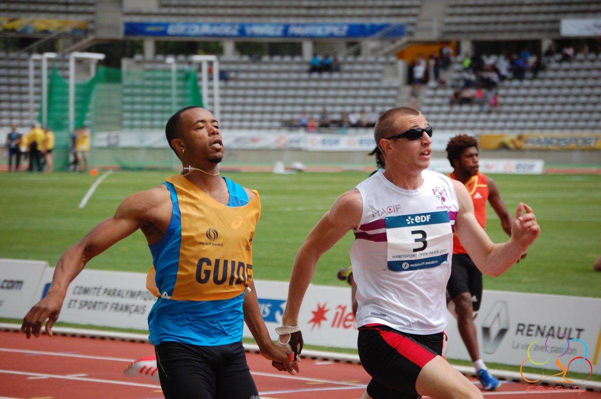 Timothée-Adolphe-champion-et-aveugle-sprint