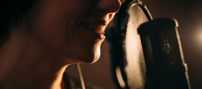 sourire-micro-defstudio-productions-1